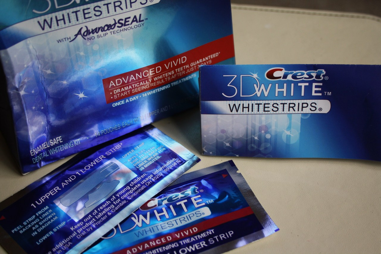 Crest Whitestrips Advanced Vivid | Review