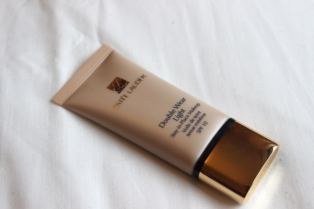 Estee Lauder Double Wear Light Review