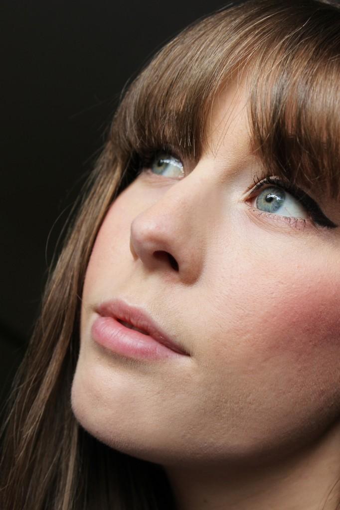 mac breath of plum swatch, xameliax, girl looking away, thoughtful girl