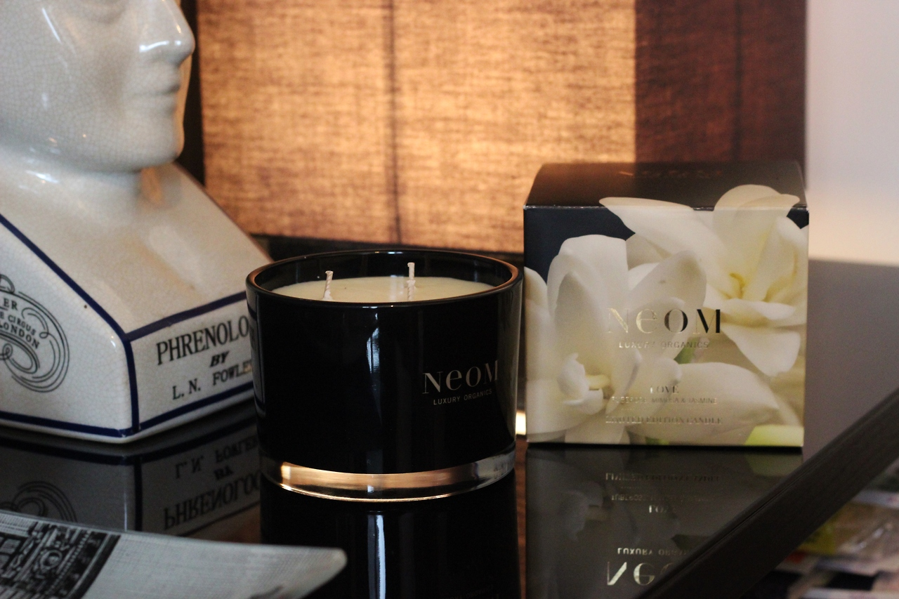 Limited Edition NEOM LOVE Home Candle