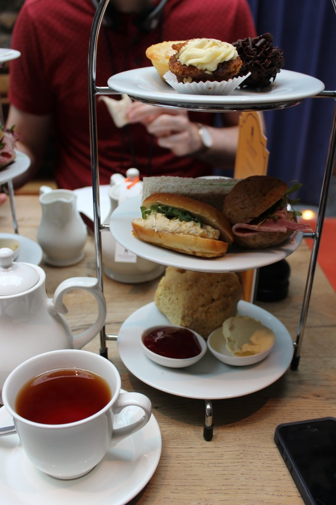 UK Travel blog, malmaison edinburgh review, what to do in edinburgh for couples.