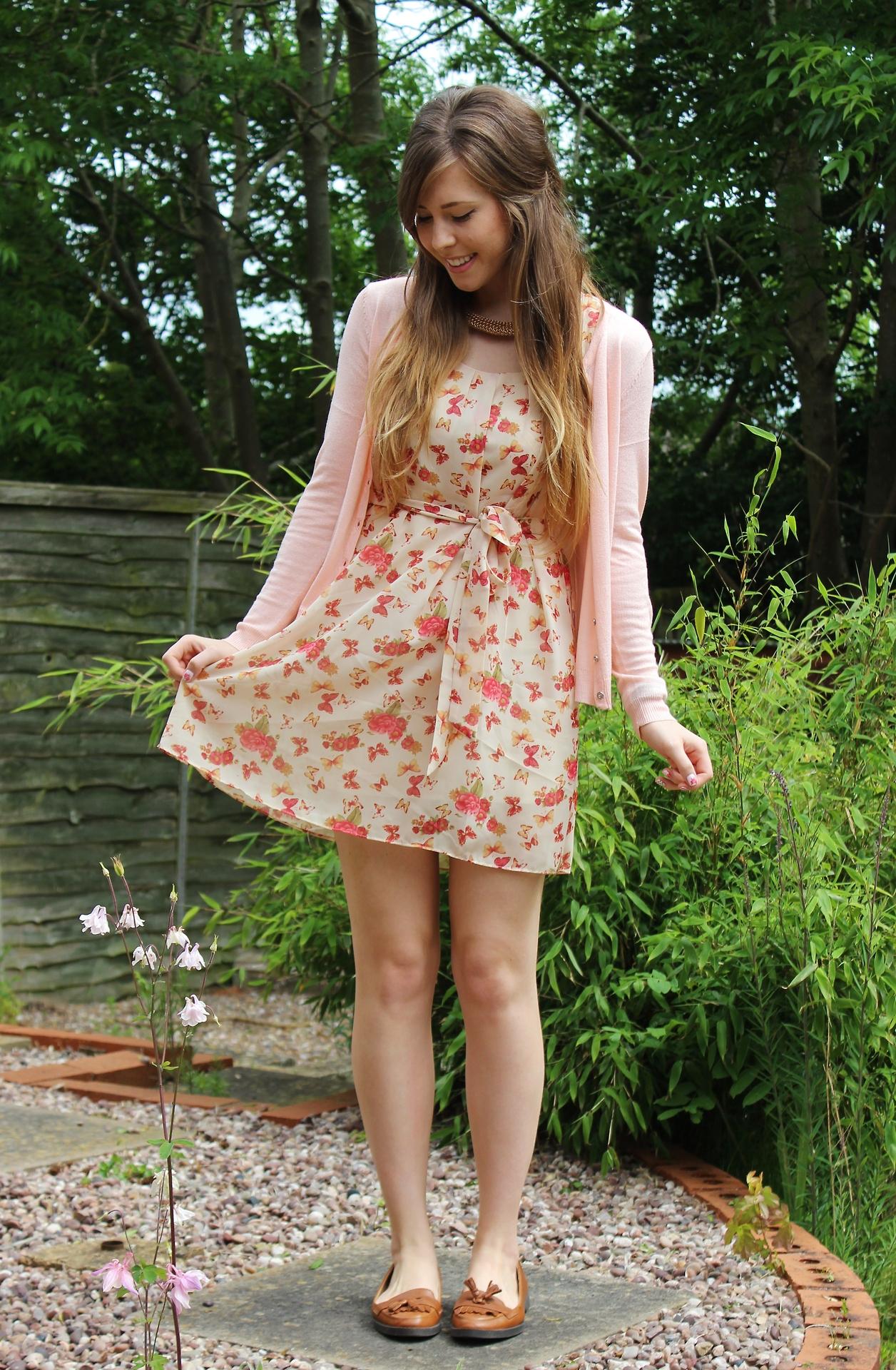 throwback dress, new look, xameliax ootd, fashion