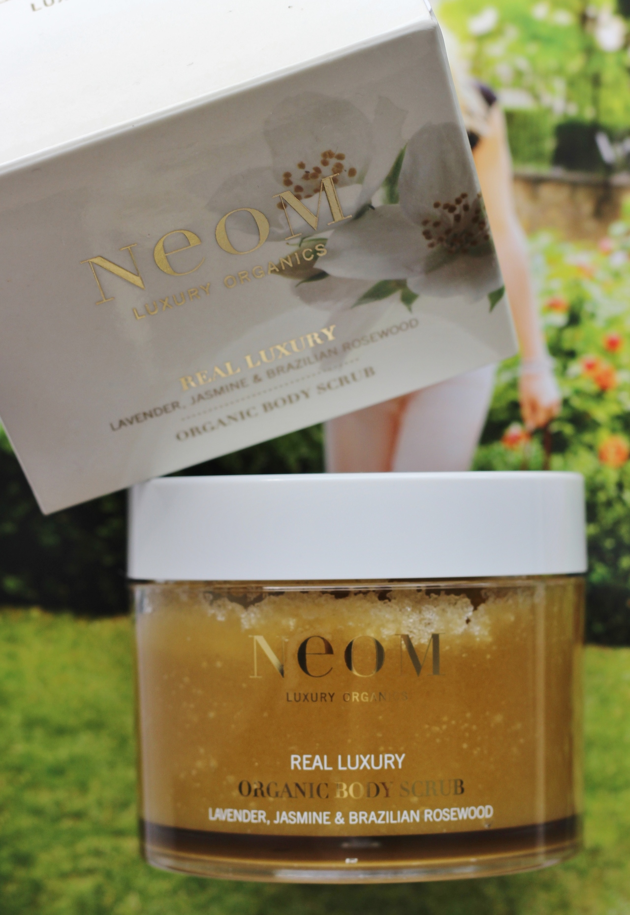 NEOM Real Luxury Organic Body Scrub