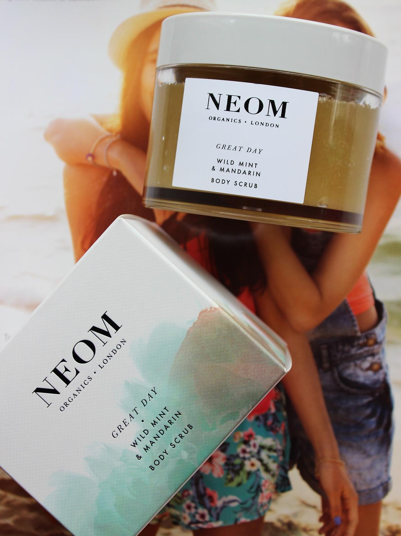 Neom Wild Mint & Mandarin body scrub, uk, review