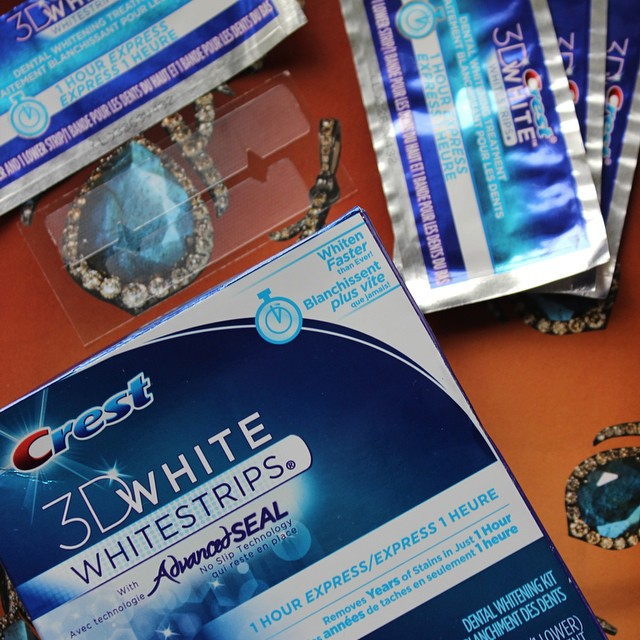 On The Blog Today | xameliax.com | Crest 1 Hour Express Whitening Strips Review #lbloggers #crestonehour #teethwhitening #crestwhitestrips #uk #review