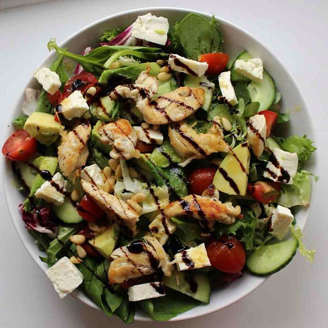 On The Blog Today | xameliax.com | Yesterday we were talking healthy and tasty chicken salad recipes, and today we've got a summer holiday quiz with @newlookfashion...what are you waiting for?! ?☀️ #lbloggers #fbloggers #fdbloggers #foodbloggers #lunch #salad #recipe #foodbloggers #newlook #quiz