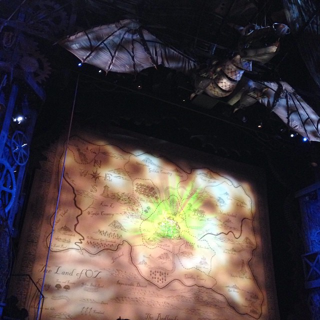 So excited for my favourite show!!! ??? #lbloggers #westend #london #wicked #mummydaughtertime