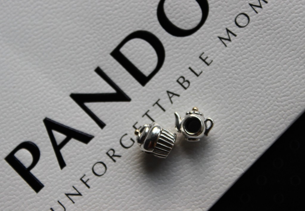 Pandora Unforgetable Moments - Mother and Daughter Friendship Charms