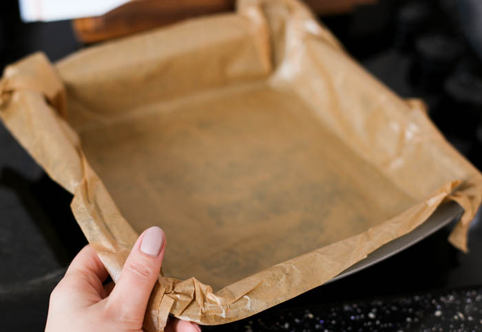 Lined baking tray