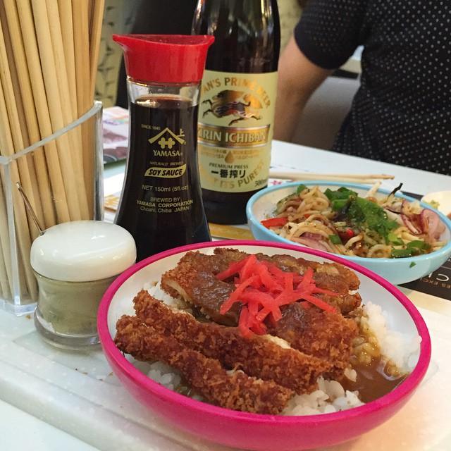 YO! Sushi for lunch in @harveynichols ???? #lbloggers #fdbloggers #sushi #yosushi #harveynics #foodblog #review