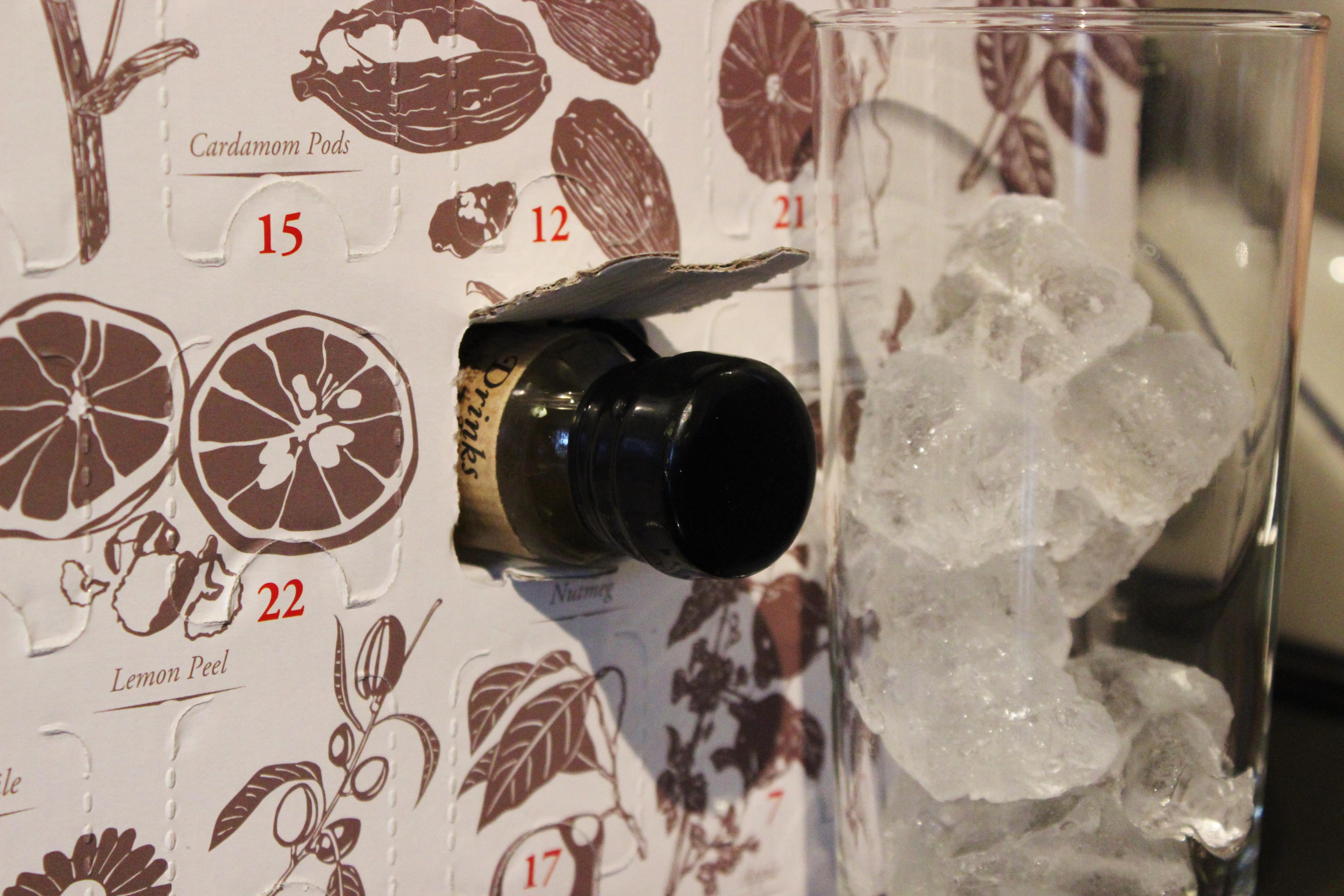 Showstopper cocktail recipe the white cosmopolitan for Aladdin cuisine stoke