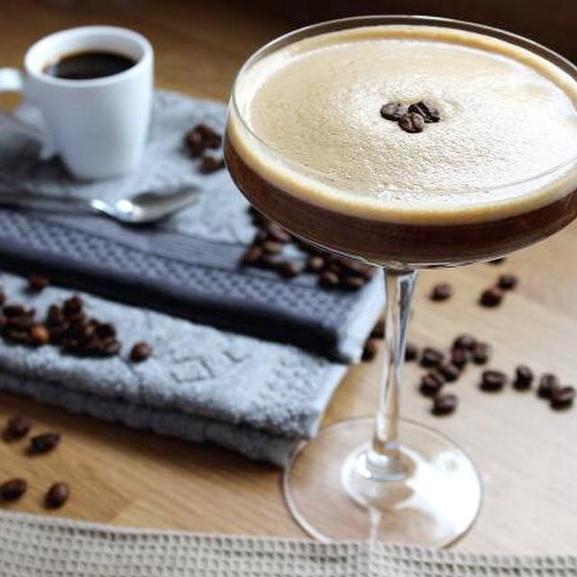 On The Blog Today | xameliax.com | The PERFECT Espresso Martini ☕️?? #lbloggers #cocktail #espressomartini #foodbloggers #recipe
