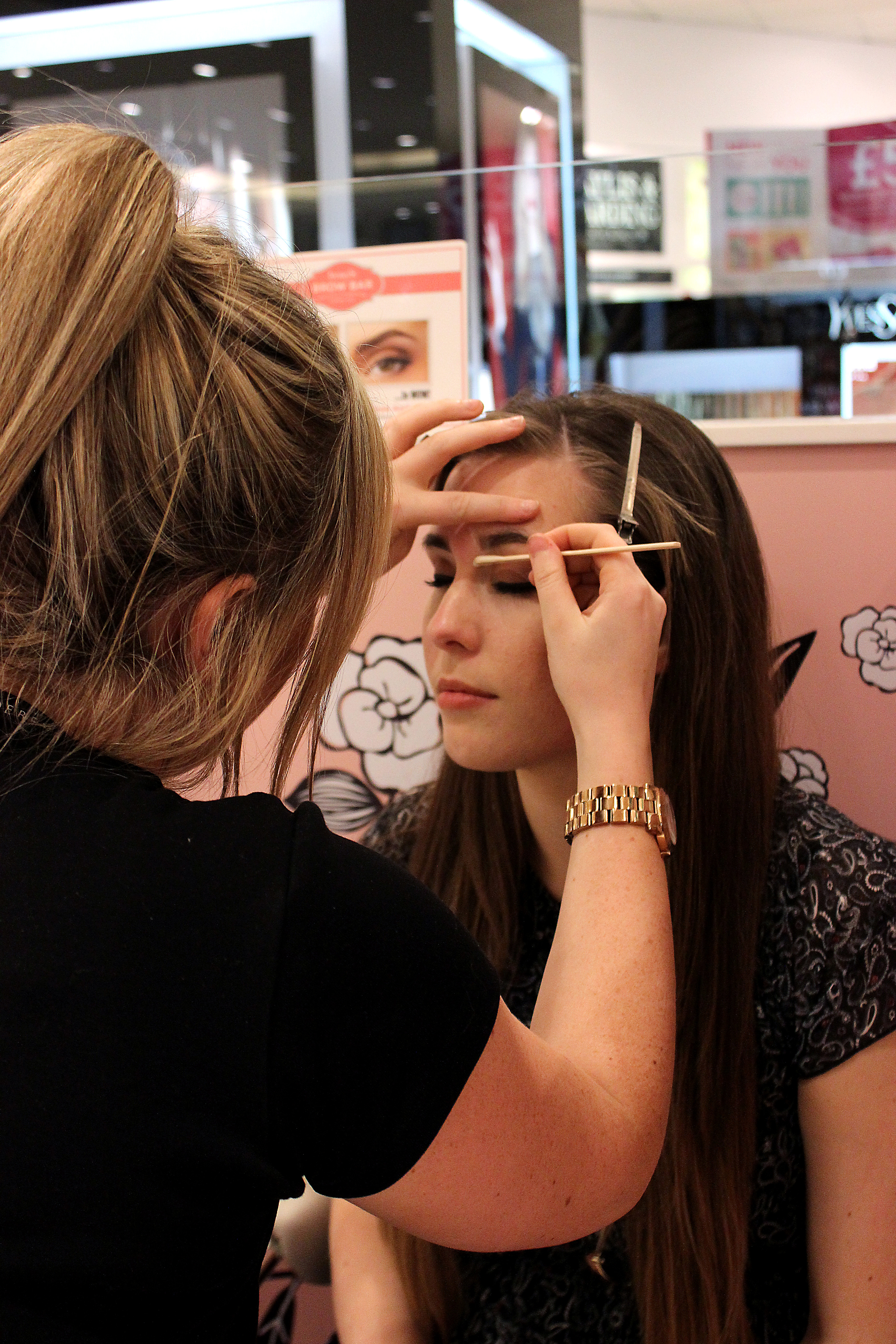 Benefit Brow Bar Before and After | xameliax