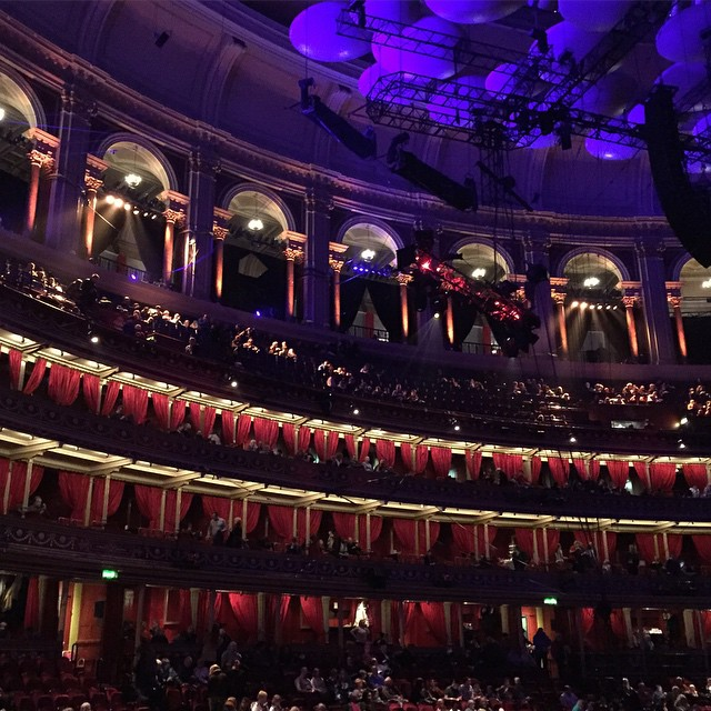 Not sure The Royal Albert Hall could be any more impressive ? #lbloggers #weekendaway #cirquedusoleil #kooza #royalalberthall