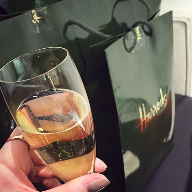 Shop till you drop...then refresh with a glass of champers! ? #lbloggers #weekendaway #harrods #shopping #excitingday #meandhim