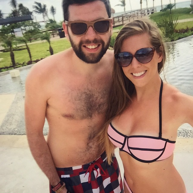 Last morning in Mexico with this handsome bean ❤️?☀️(Tap for Tags!) #lbloggers #holiday #mexico #royaltonrivieracancun #meandhim #kaylasarmy #thekaylamovement #bbgprogress
