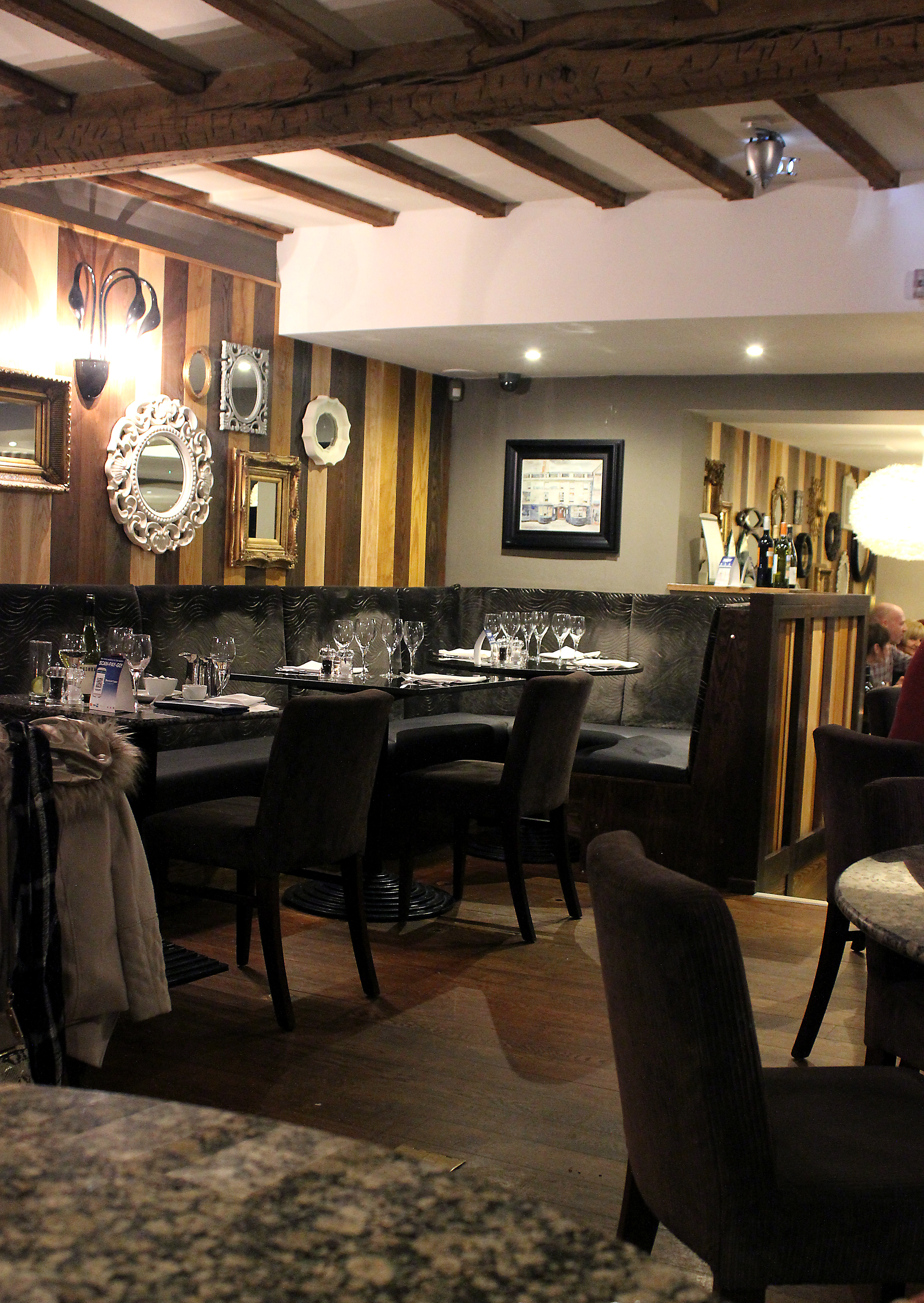 the swan stafford brasserie and bar xameliax. Black Bedroom Furniture Sets. Home Design Ideas