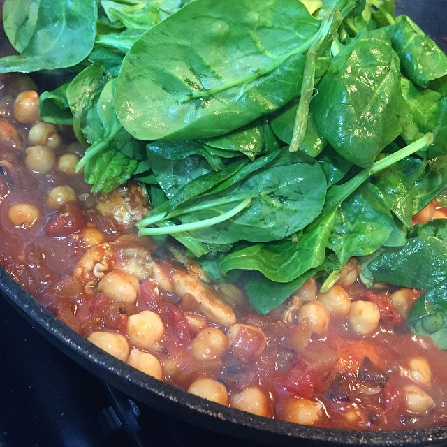 Made a killer Chicken, Chick Pea and Spinach curry tonight! ???? #lbloggers #diy #curry #foodstagram