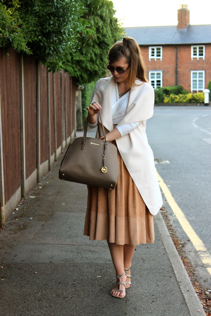 Pretty Little Things Summer Chic OOTD (2)
