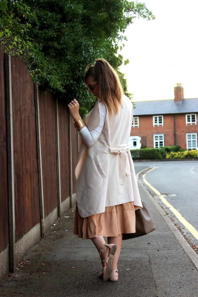 Pretty Little Things Summer Chic OOTD (4)