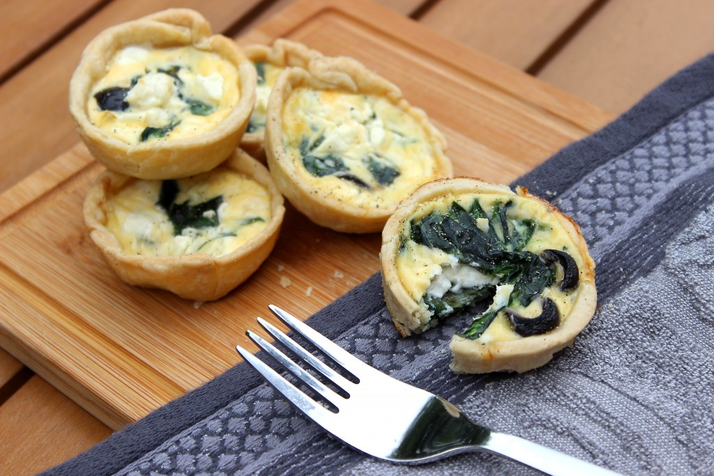 Feta, Black Olive and Spinach Quiche Recipe, Mini Quiche Tart Recipe (3)