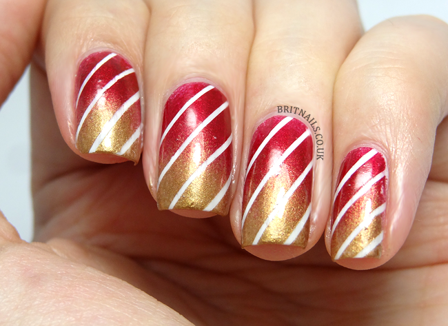christmas-stripe-nail-art