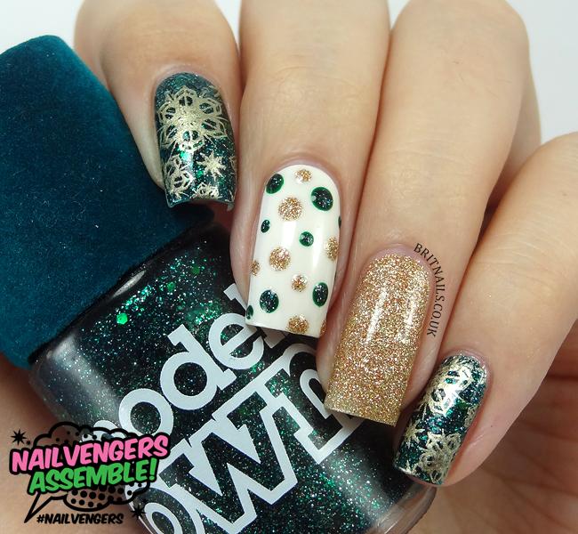 nailvengers-christmas-nail-art