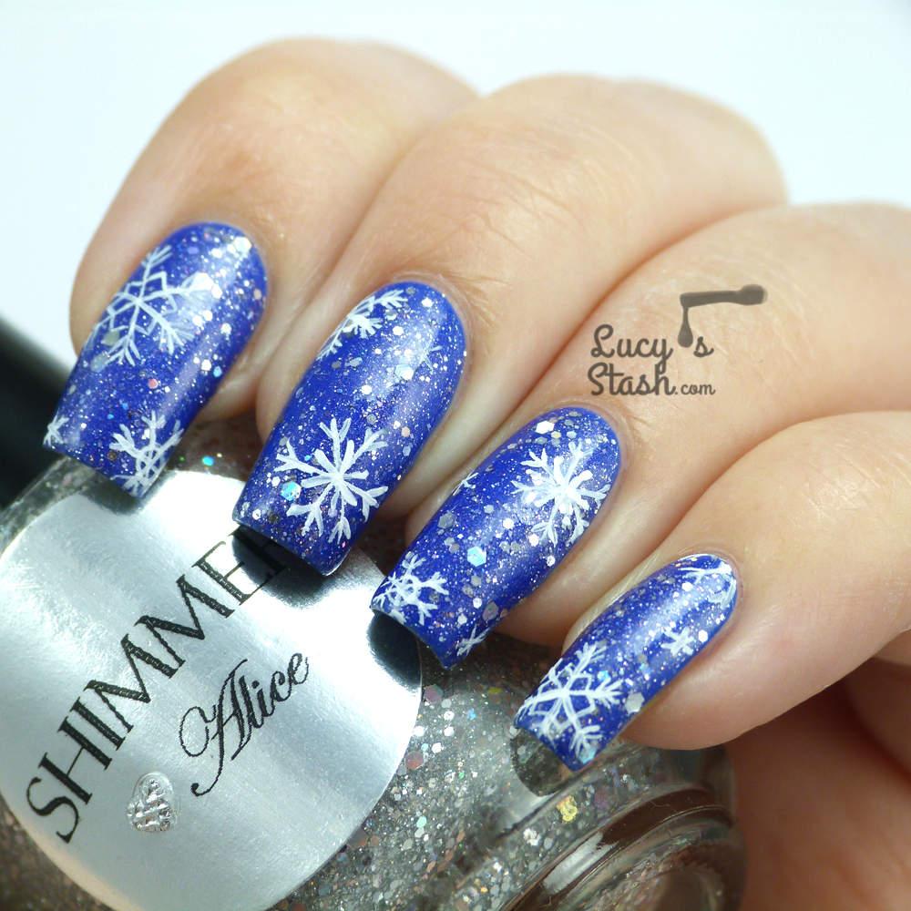 ob_cb9927_snowflake-nail-art-3