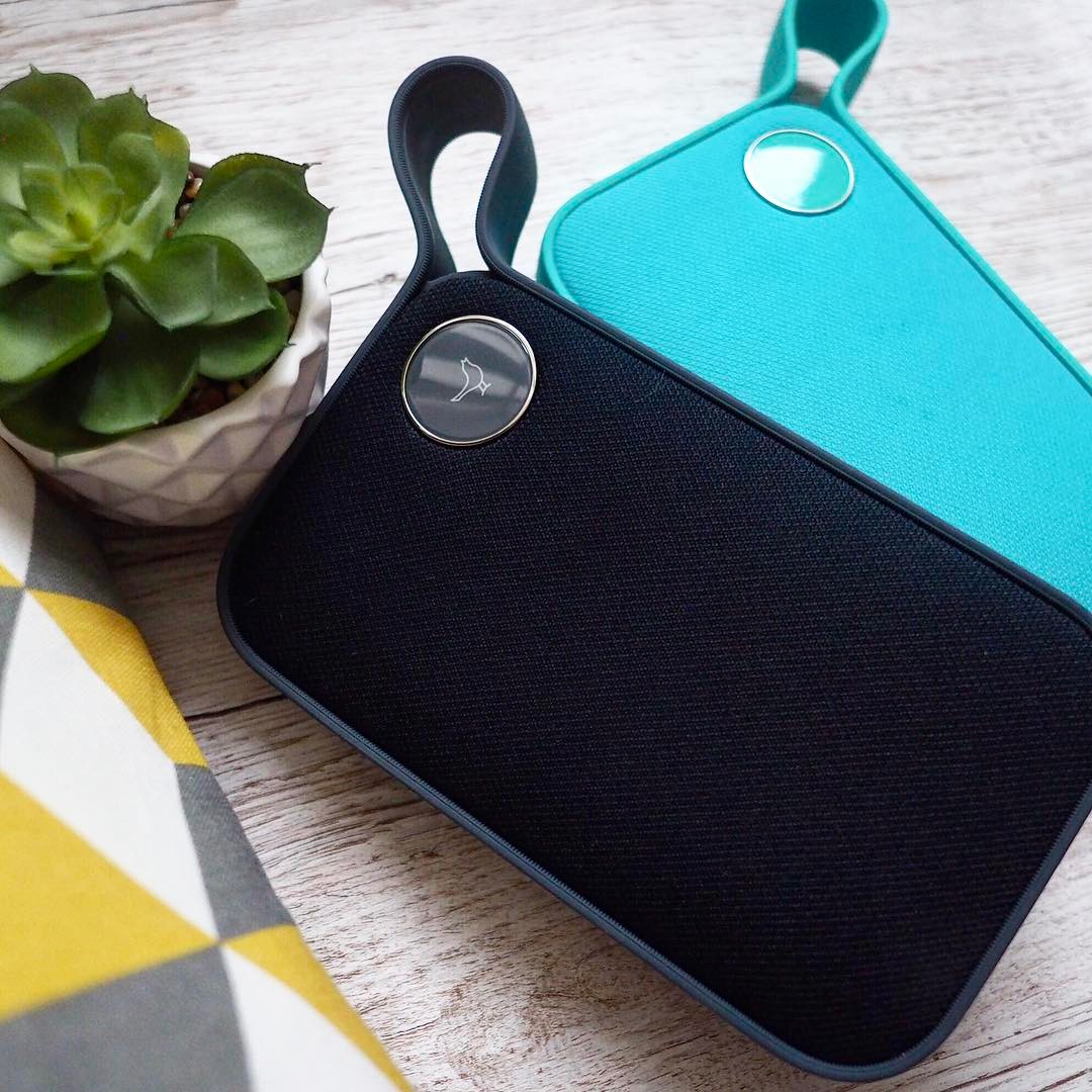 GIVEAWAY TIME! ✨ I'm absolutely loving my @libratone Bluetooth speaker, I can take it with me when I travel and when I'm not, it rocks out in my living room! We're giving away this Green Libratone One Style worth over £139 to one of you guys! TO WIN: Follow me @xameliax and @libratone and tag a mate who shares your love for music! Open internationally and one winner will be drawn at random on Tuesday 7th February! #giveaway #competition #Libratone #win