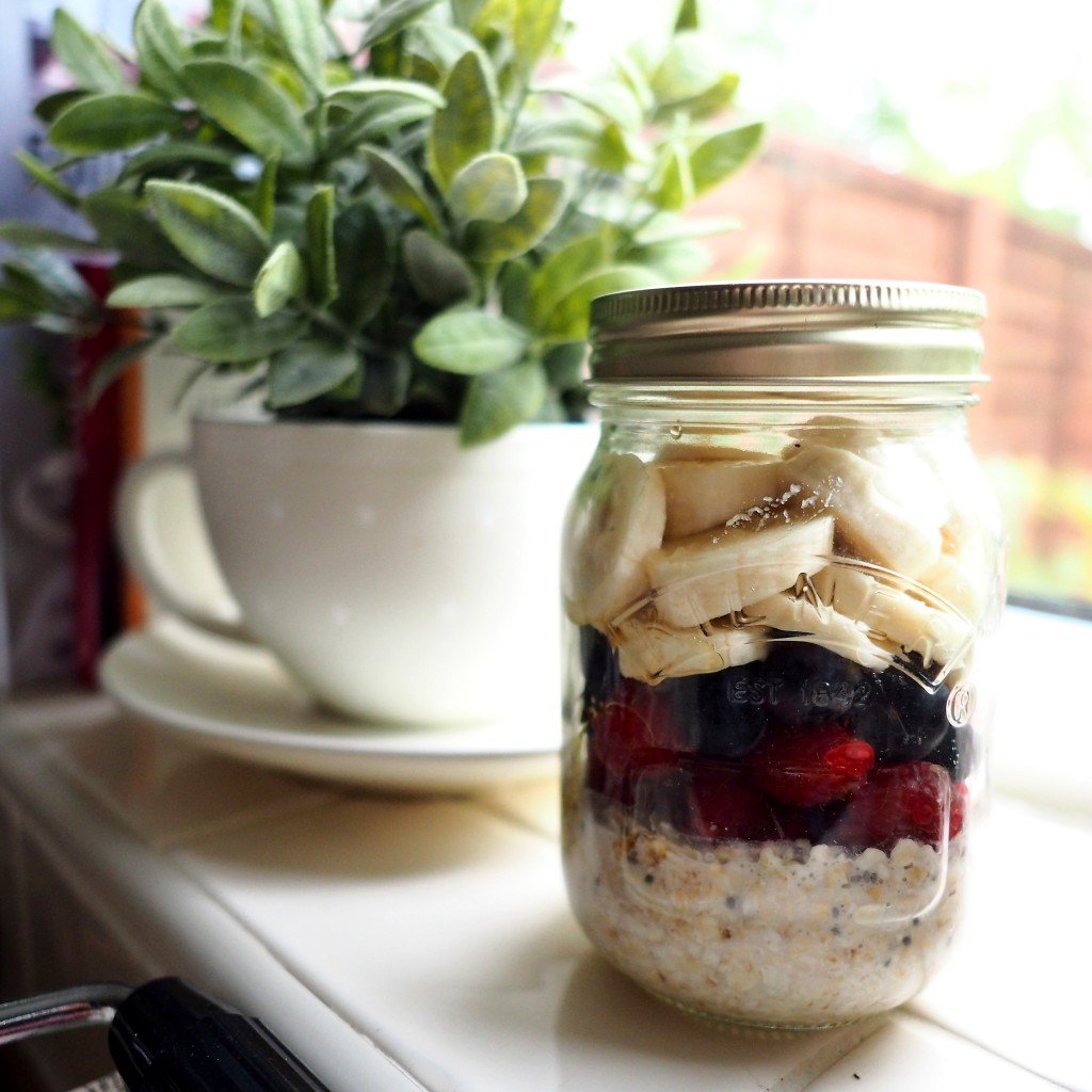 easy Overnight oats recipe uk