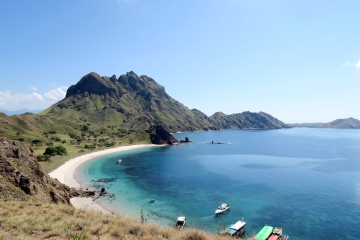komodo-dragon-islands-16